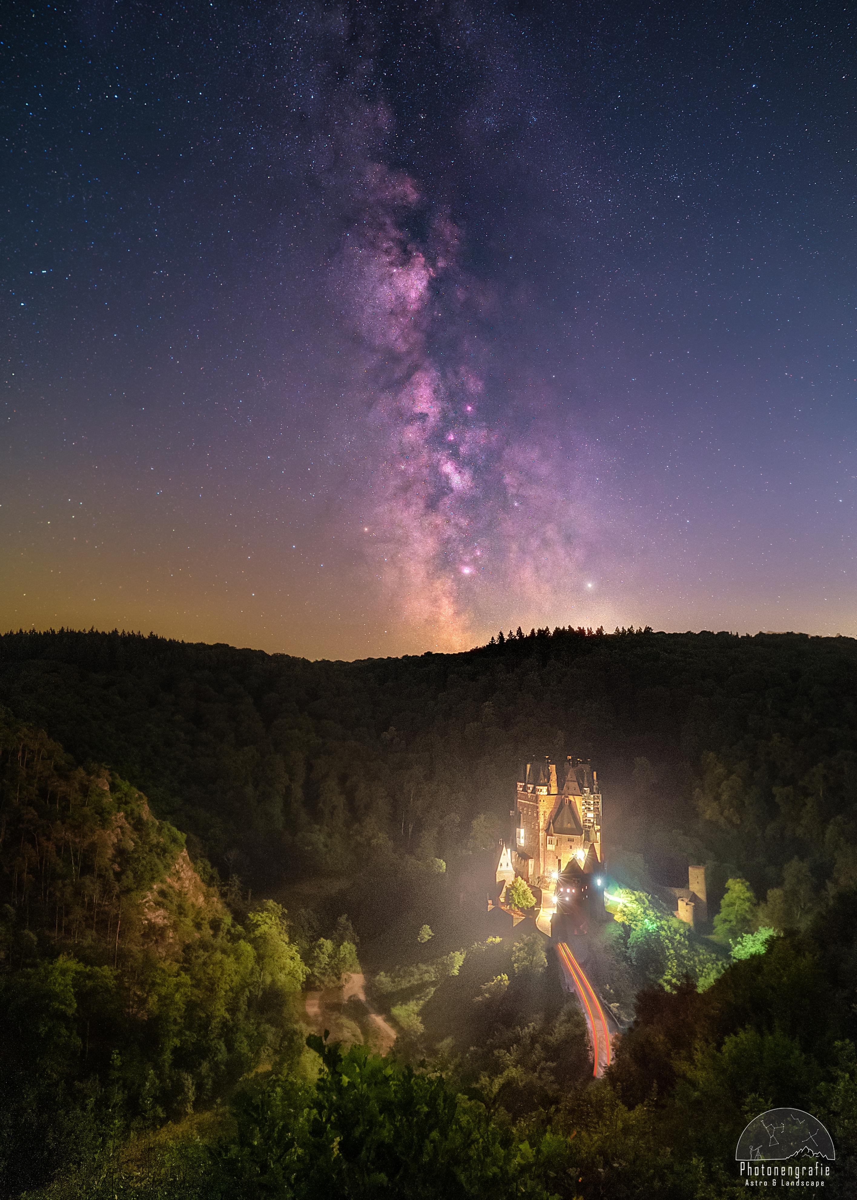 Burg-Elts-strahlt